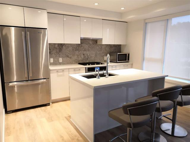 212 3557 SAWMILL CRESCENT - Champlain Heights - Vancouver