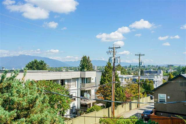 304 813 E BROADWAY - Mount Pleasant - Vancouver