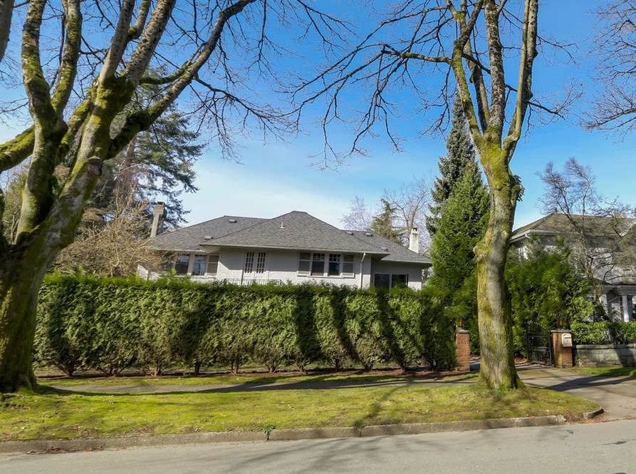 4625 CONNAUGHT DRIVE, 1696