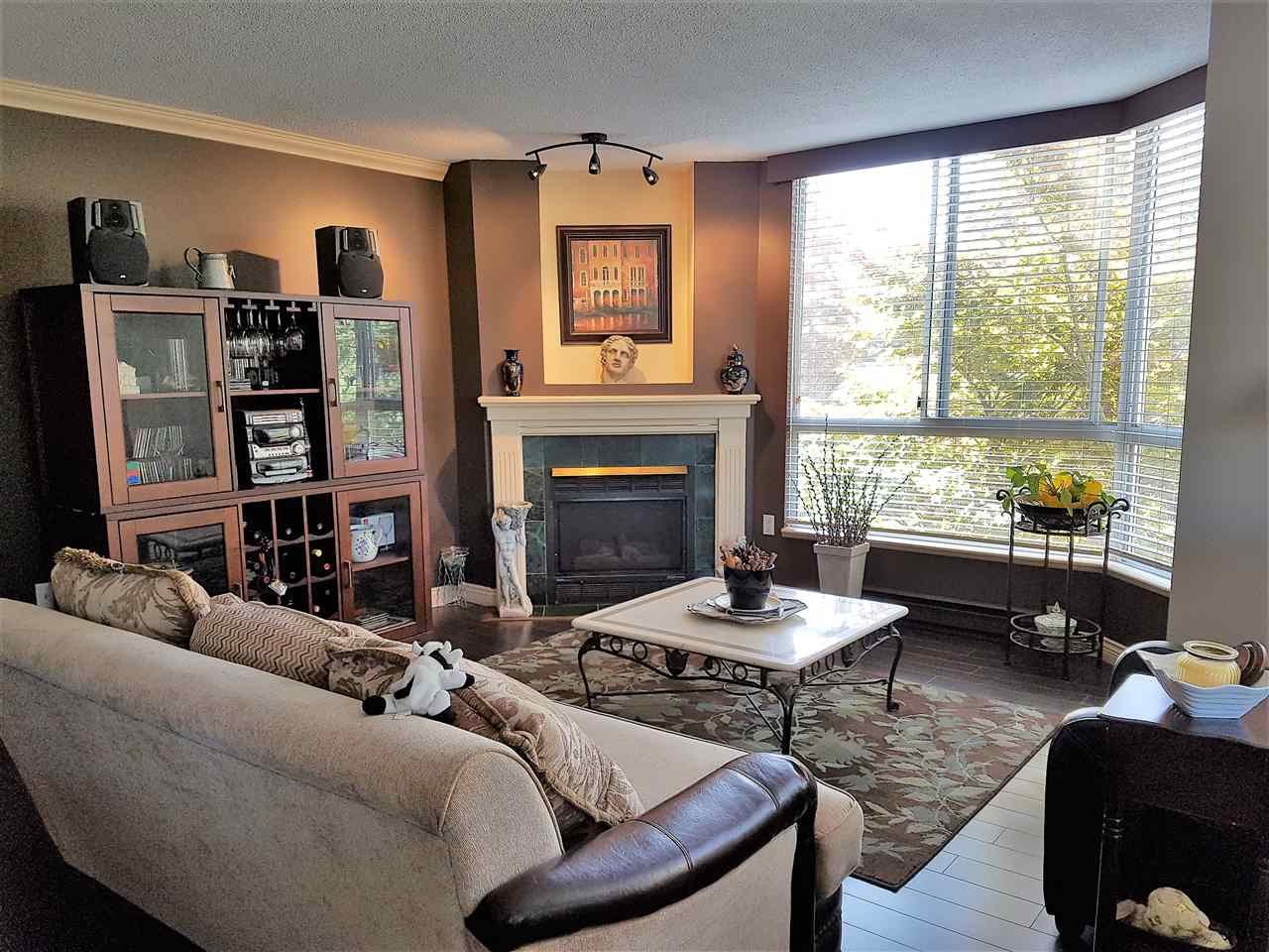 303 1245 QUAYSIDE DRIVE, New Westminster
