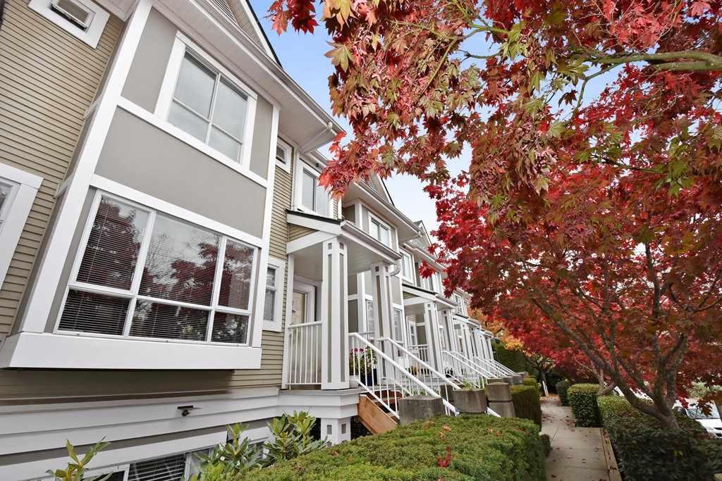 8 2883 E KENT AVENUE NORTH AVENUE - Fraserview - Vancouver