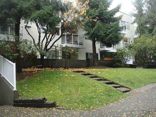 102 830 E 7TH AVENUE - Mount Pleasant - Vancouver
