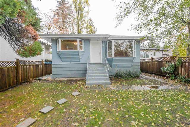 842 LYNN VALLEY ROAD - Lynn Valley - North Vancouver