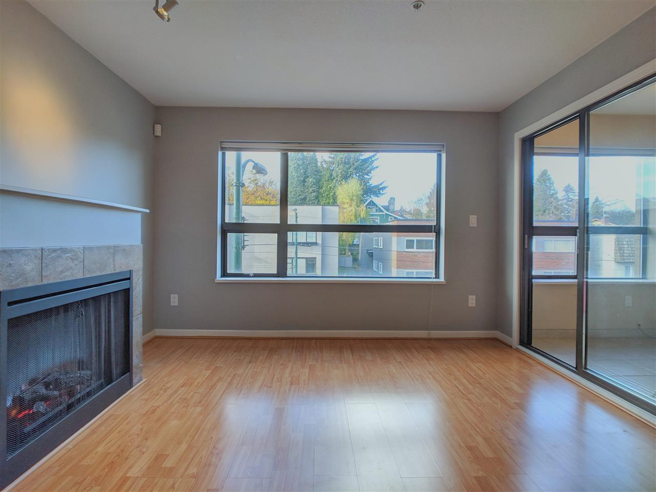 410 997 W 22 AVENUE - Cambie - Vancouver