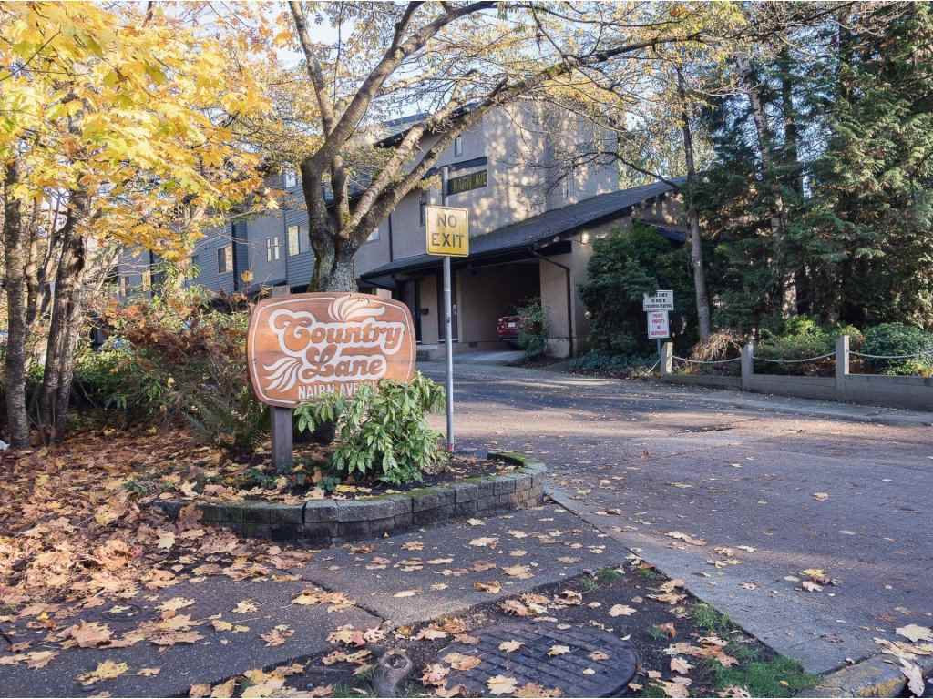 3472 NAIRN AVENUE - Champlain Heights - Vancouver