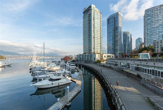 104 323 JERVIS STREET - Coal Harbour - Vancouver