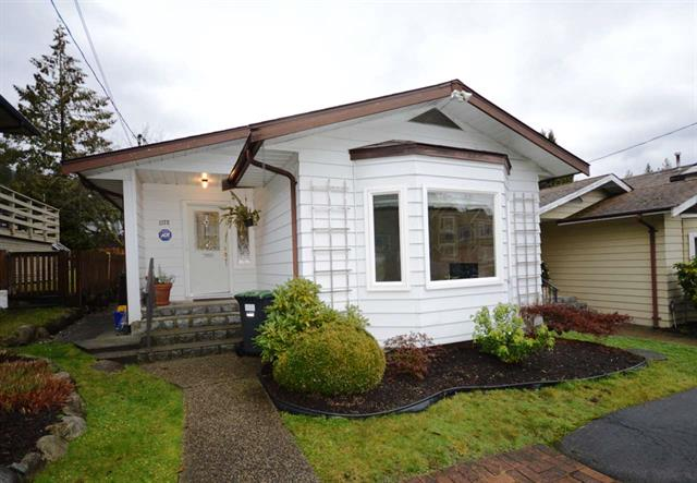 1172 HAROLD ROAD - Lynn Valley - North Vancouver