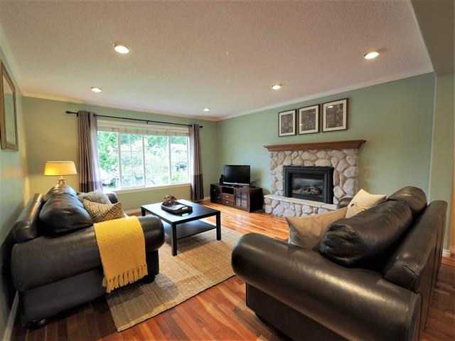 2722 MASEFIELD ROAD - Lynn Valley - North Vancouver