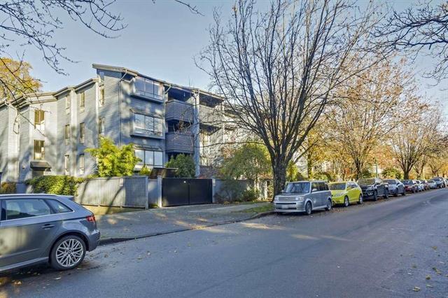 106 2173 W 6TH AVENUE - Kitsilano - Vancouver