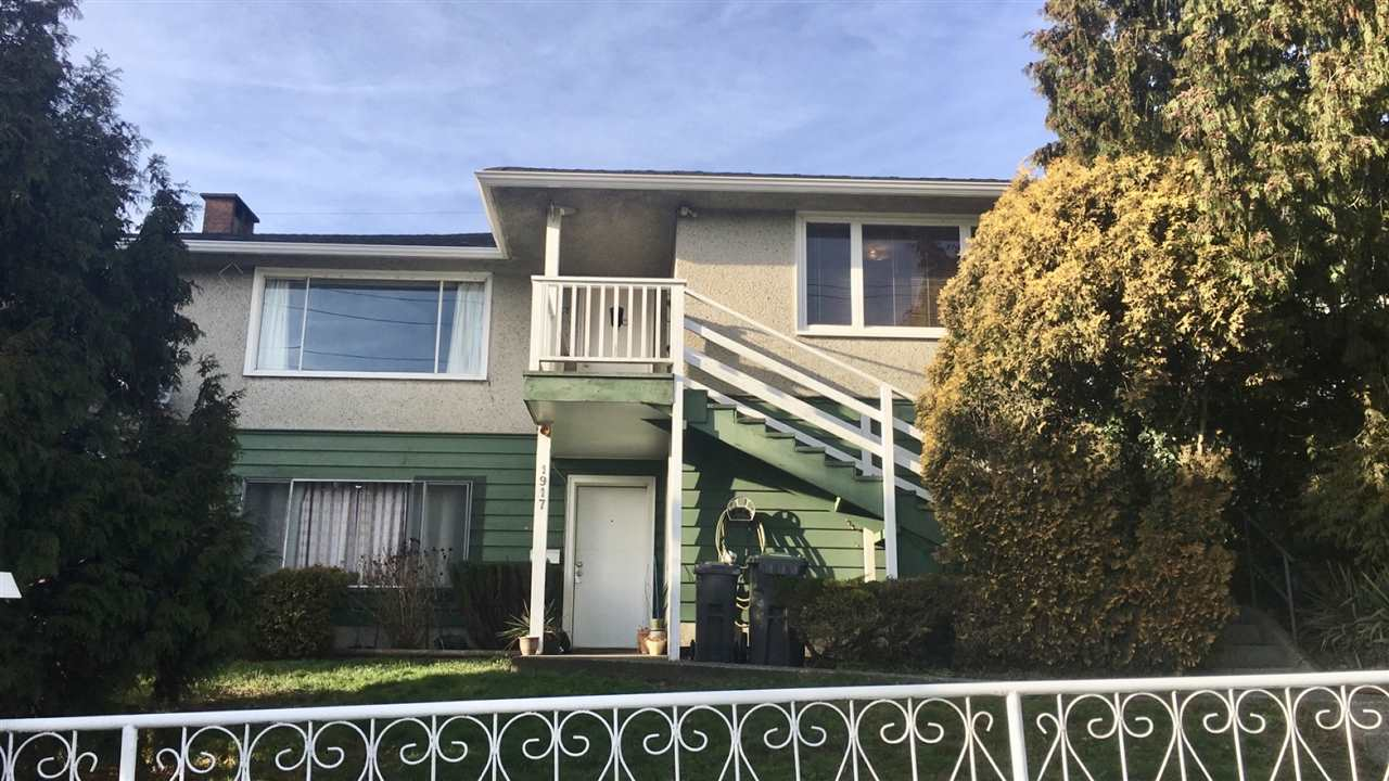 1917 RIVER DRIVE, New Westminster