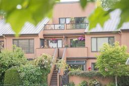 1045 SCANTLINGS - False Creek - Vancouver