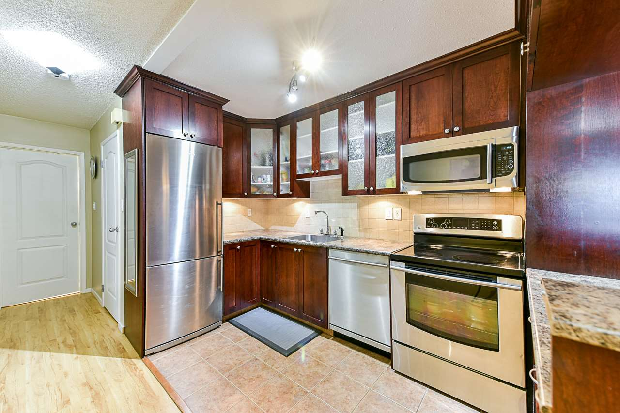 9 7555 HUMPHRIES COURT, Burnaby
