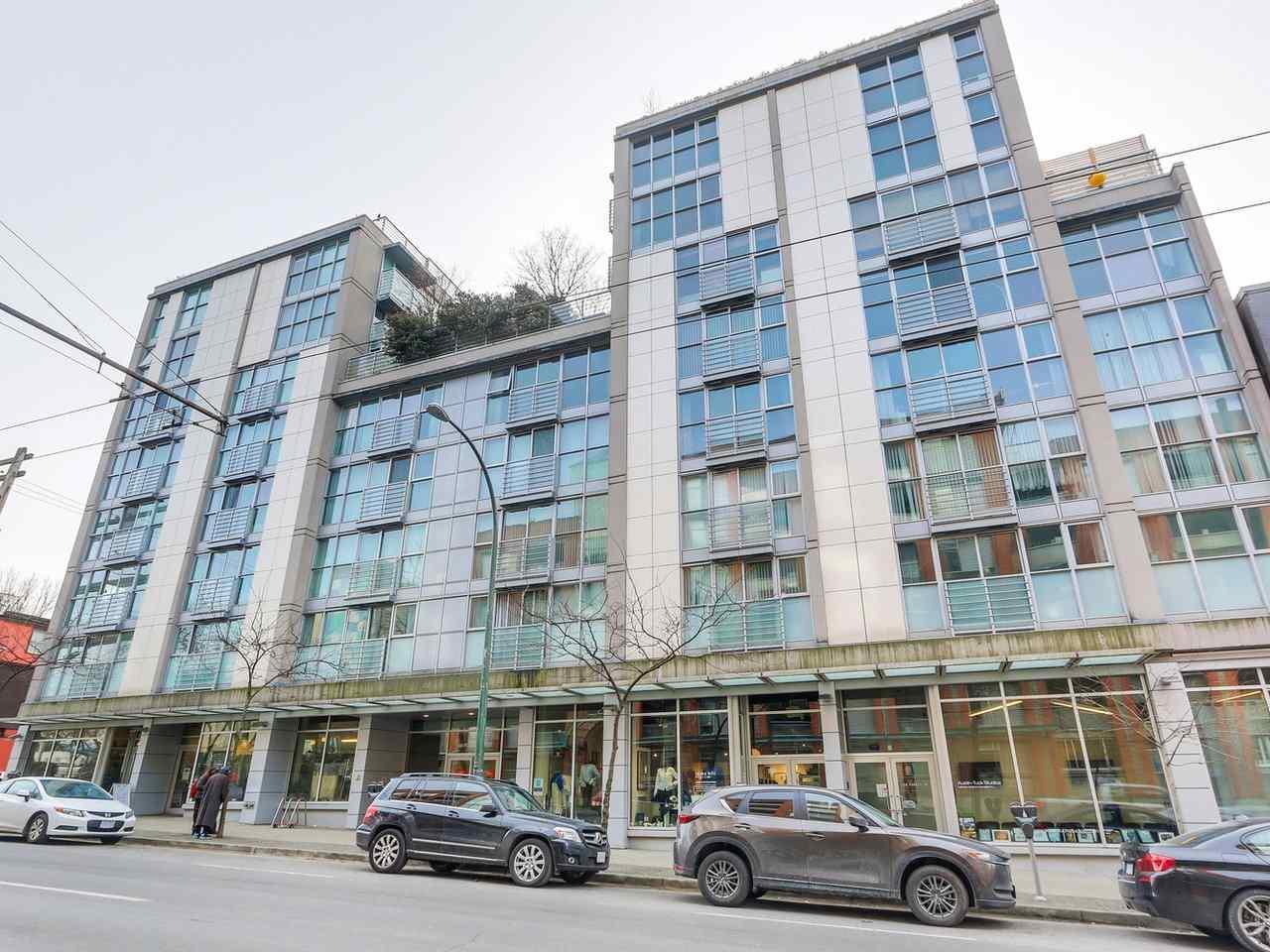 217 168 POWELL STREET, Vancouver