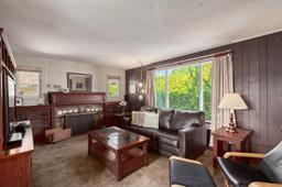 124 TENTH AVENUE - GlenBrooke North - New Westminster