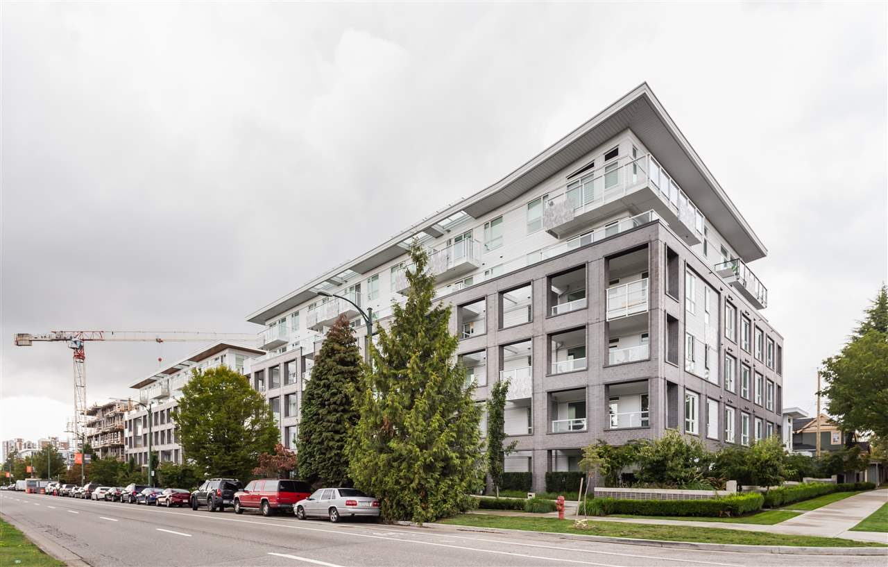 208 6633 CAMBIE STREET, 840