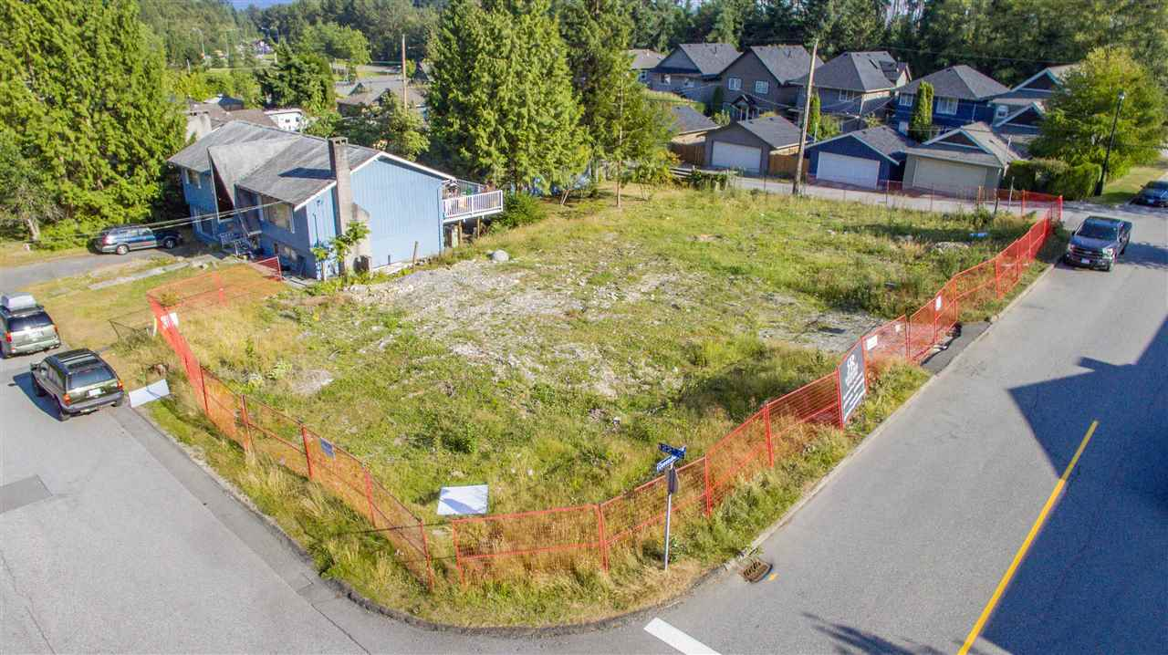 605 E 22ND STREET, North Vancouver