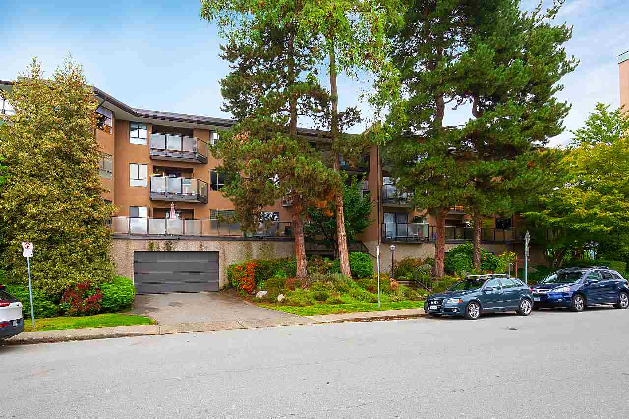 108 210 W 2ND STREET, North Vancouver