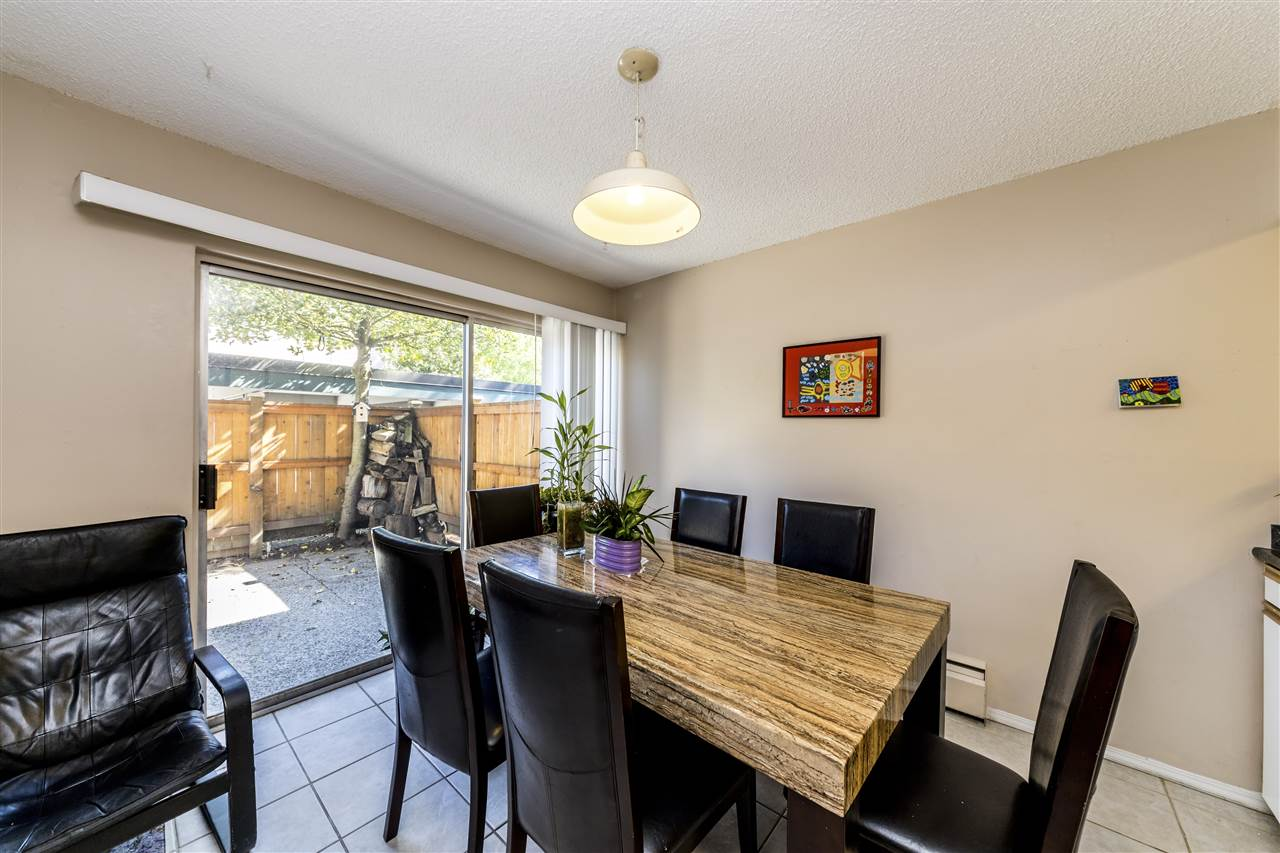 935 WESTVIEW CRESCENT - Upper Lonsdale - North Vancouver