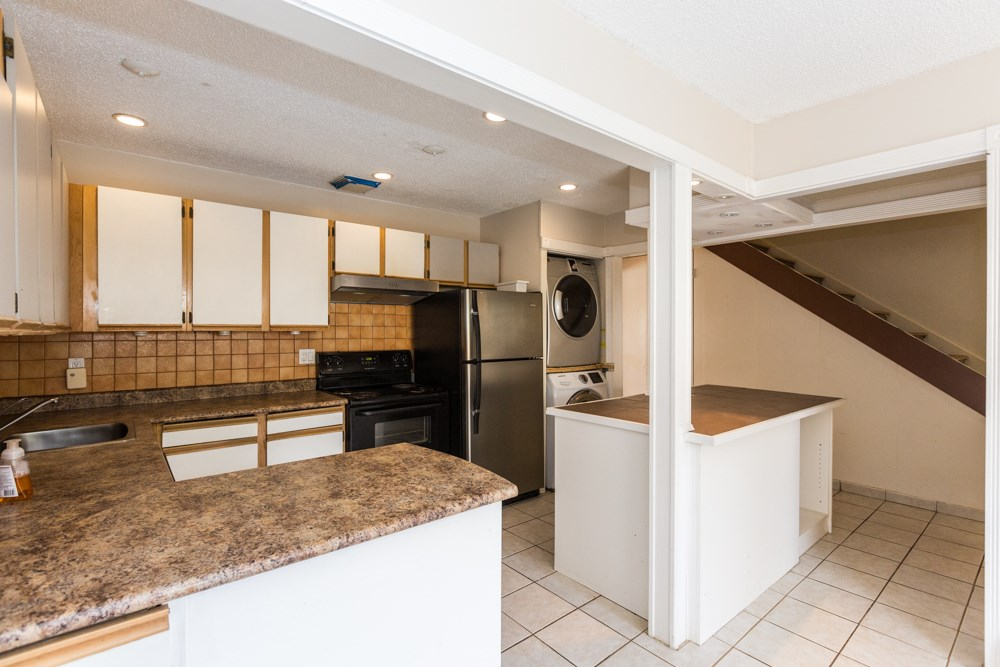 605 WESTVIEW PLACE - Upper Lonsdale - North Vancouver