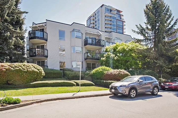 106 1550 CHESTERFIELD AVENUE, North Vancouver