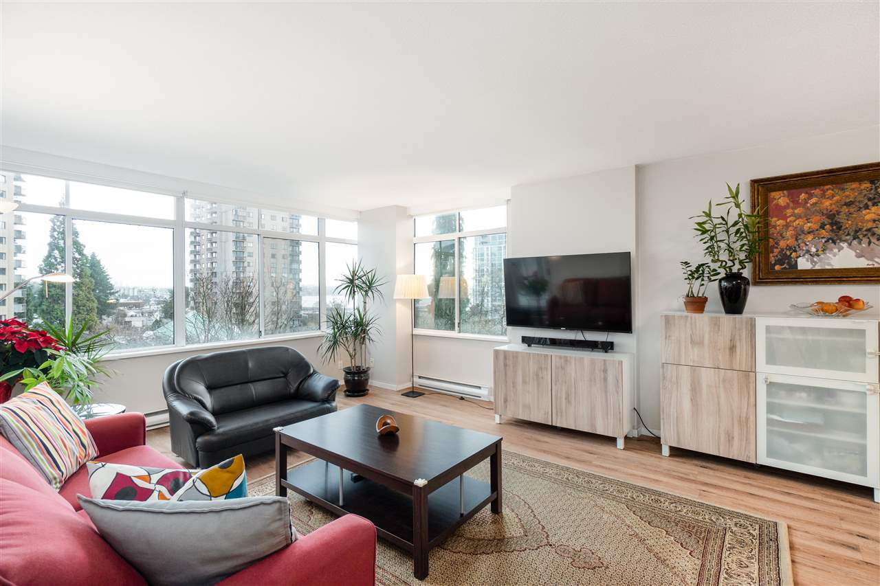 602 130 E 2ND STREET, North Vancouver