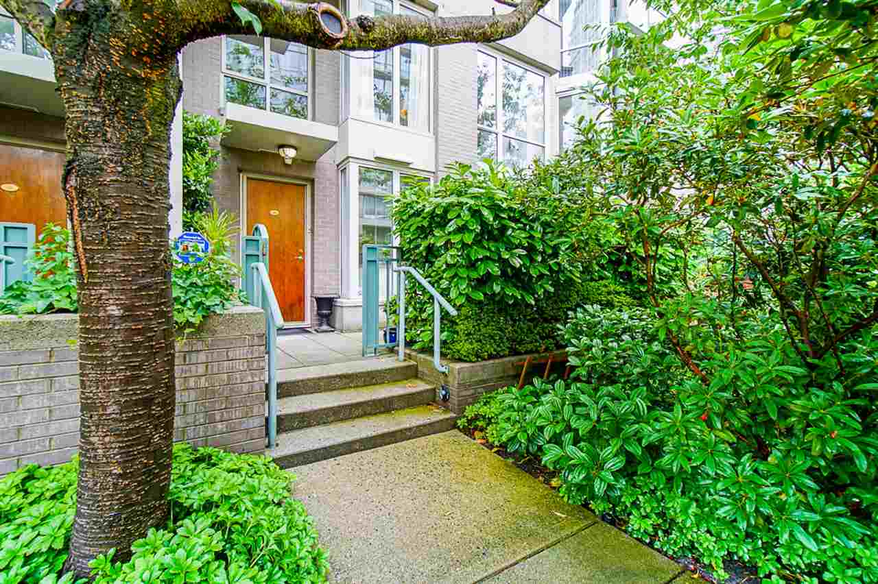 TH102 1288 MARINASIDE CRESCENT, Vancouver West