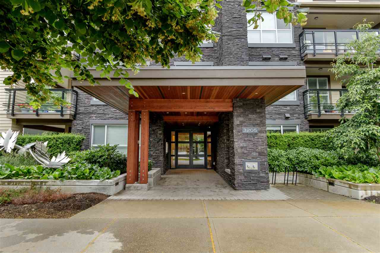 Listing Image of 403 3205 MOUNTAIN HIGHWAY