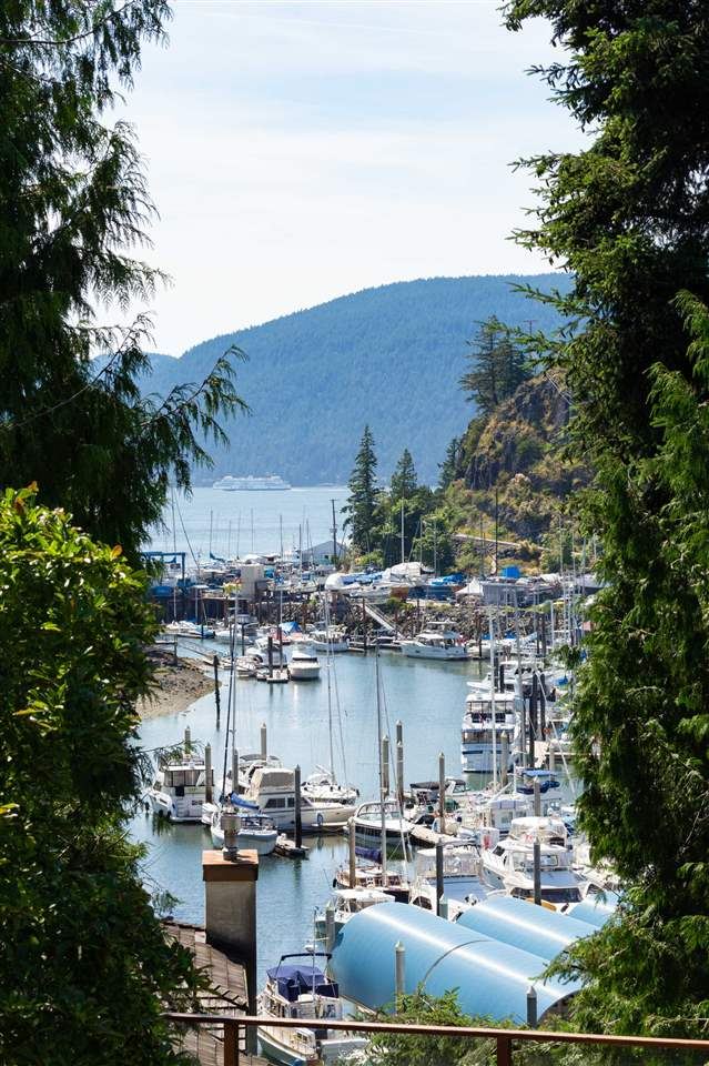 Listing Image of 5773 SEAVIEW ROAD