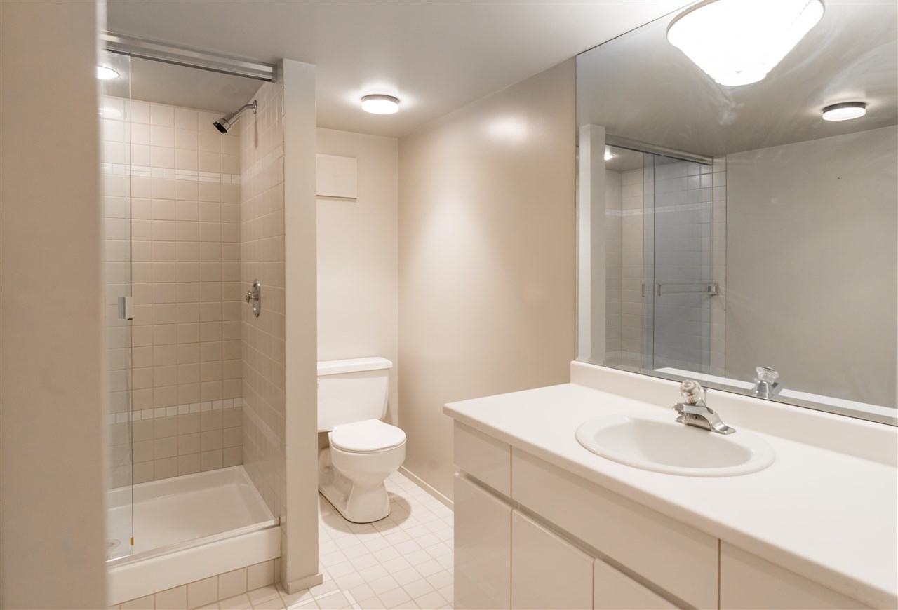 Listing Image of 2456 BELLEVUE AVENUE