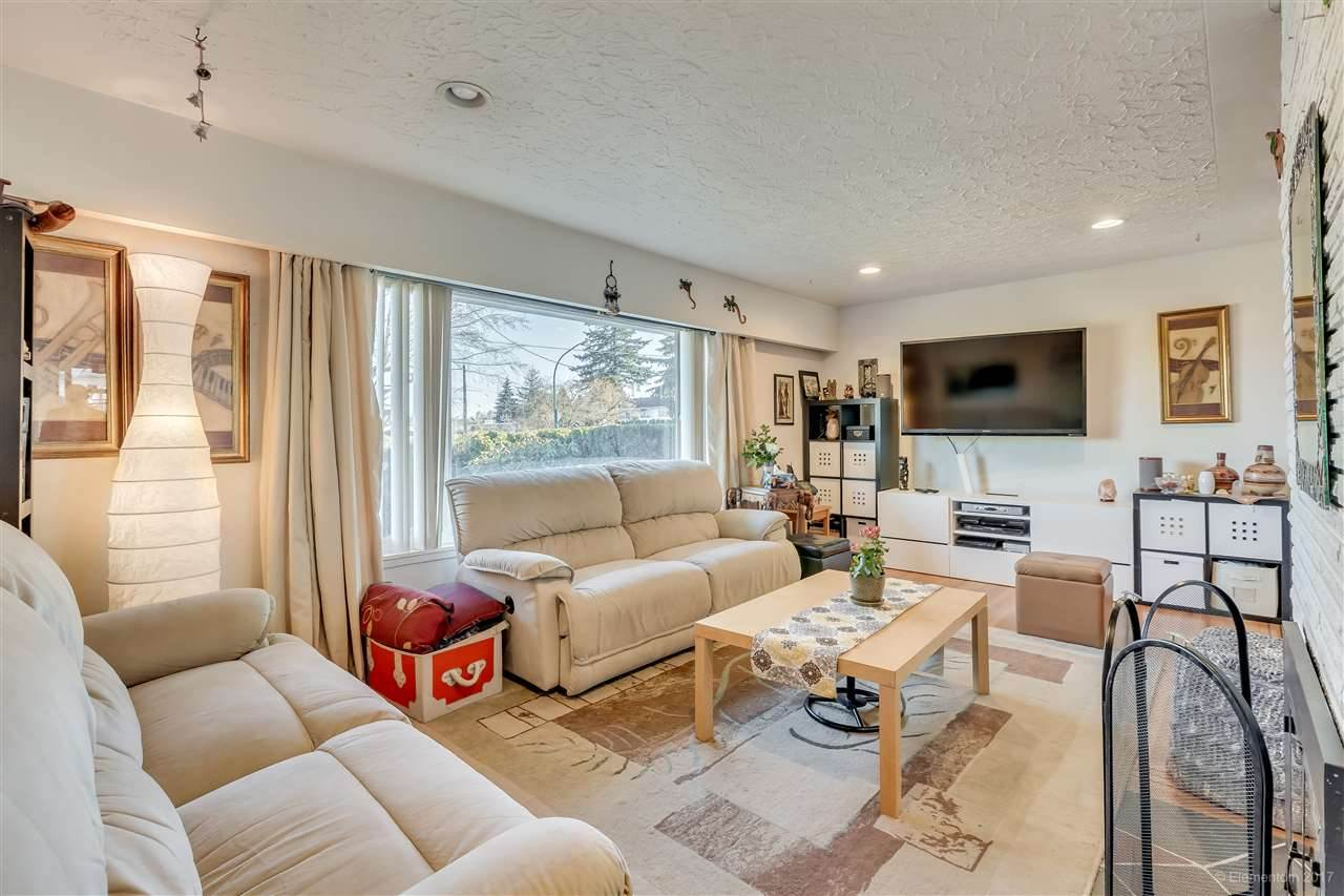 5469 NELSON AVENUE, Burnaby South
