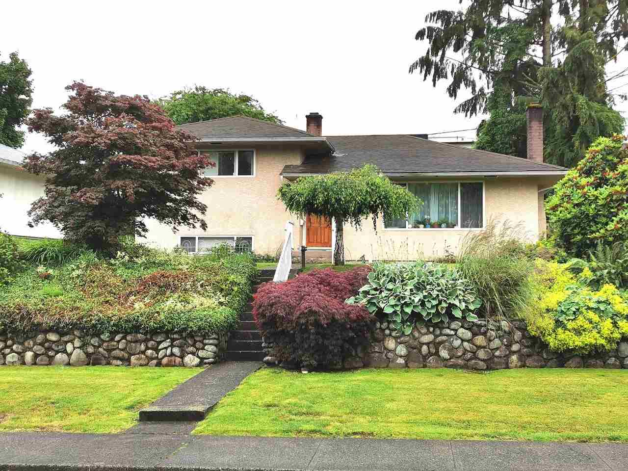 4176 GILPIN CRESCENT, Burnaby South