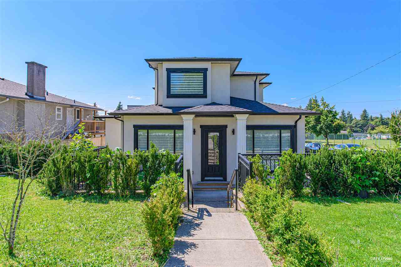 7550 ROSEBERRY AVENUE - Suncrest - Burnaby