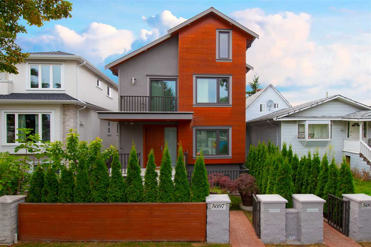 5097 MOSS STREET, Vancouver East