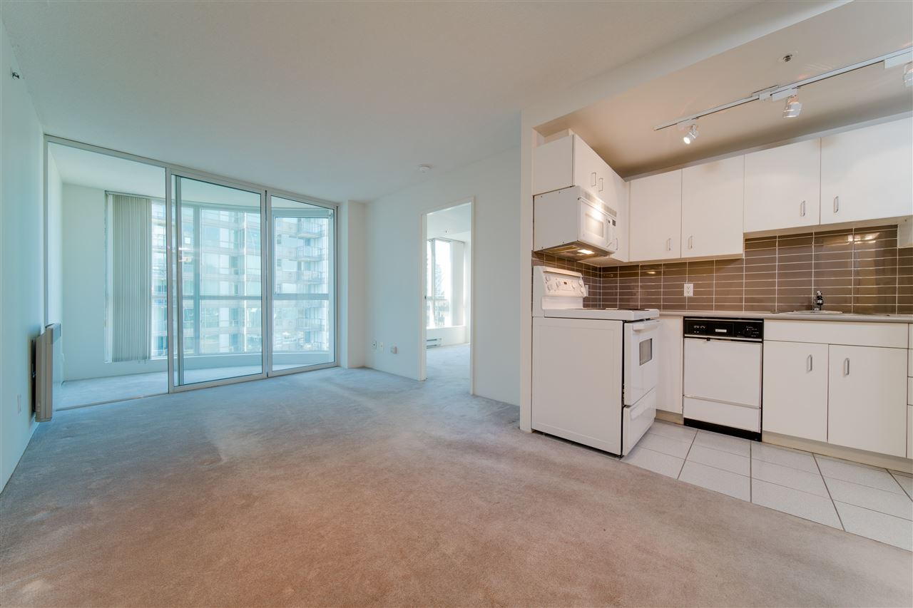 2307 555 JERVIS STREET - Coal Harbour