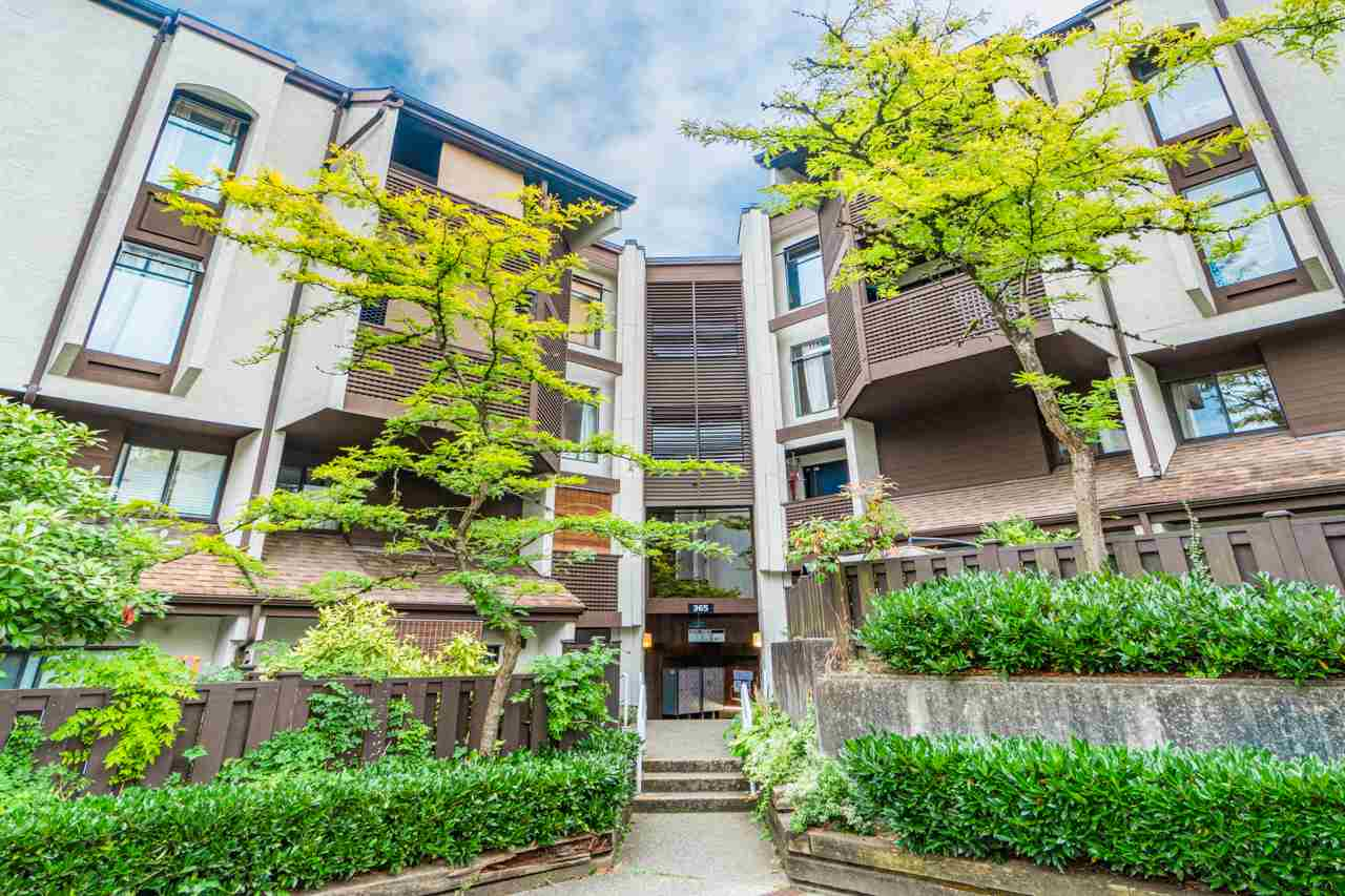102 365 GINGER DRIVE, New Westminster