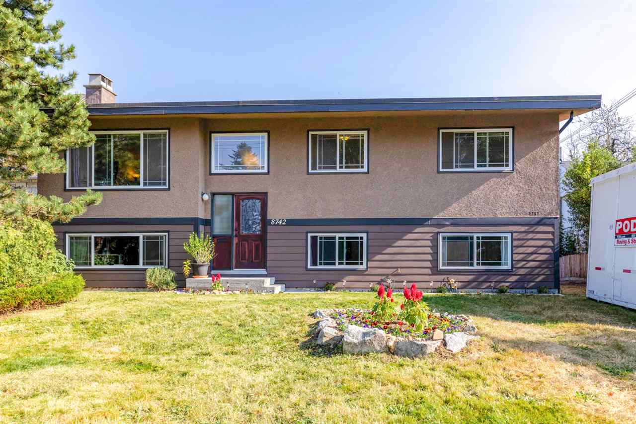 8742 ARMSTRONG AVENUE, Burnaby East
