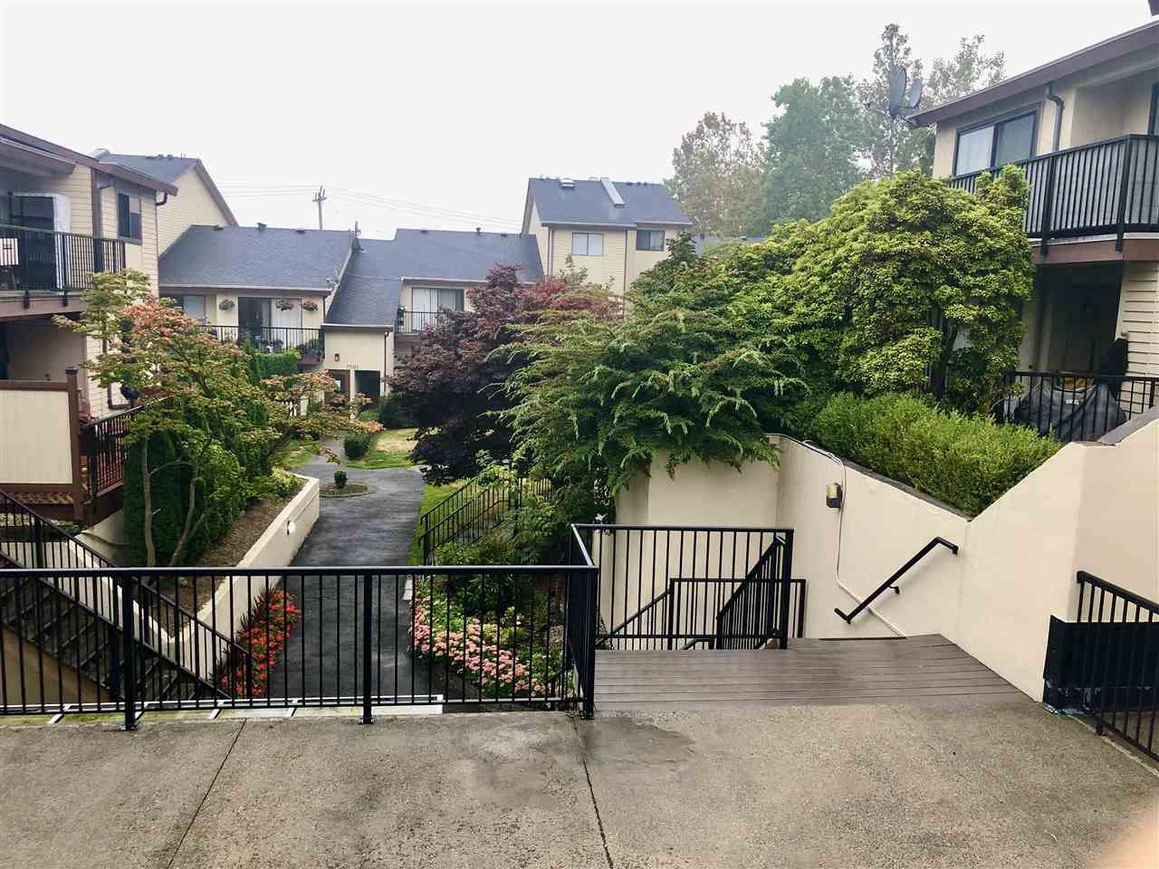 5 7555 HUMPHRIES COURT, Burnaby East