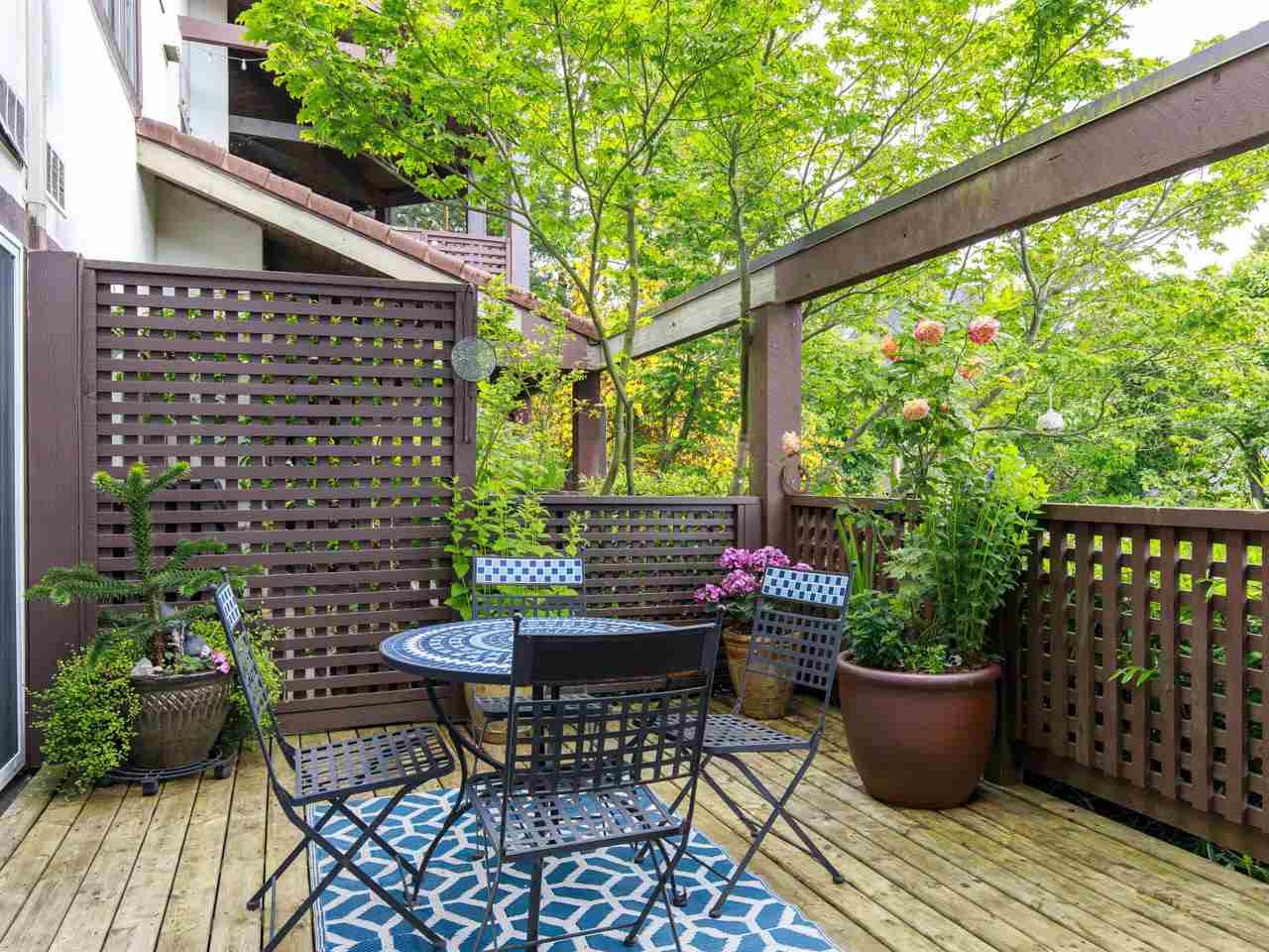 1193 FORGE WALK, Vancouver West