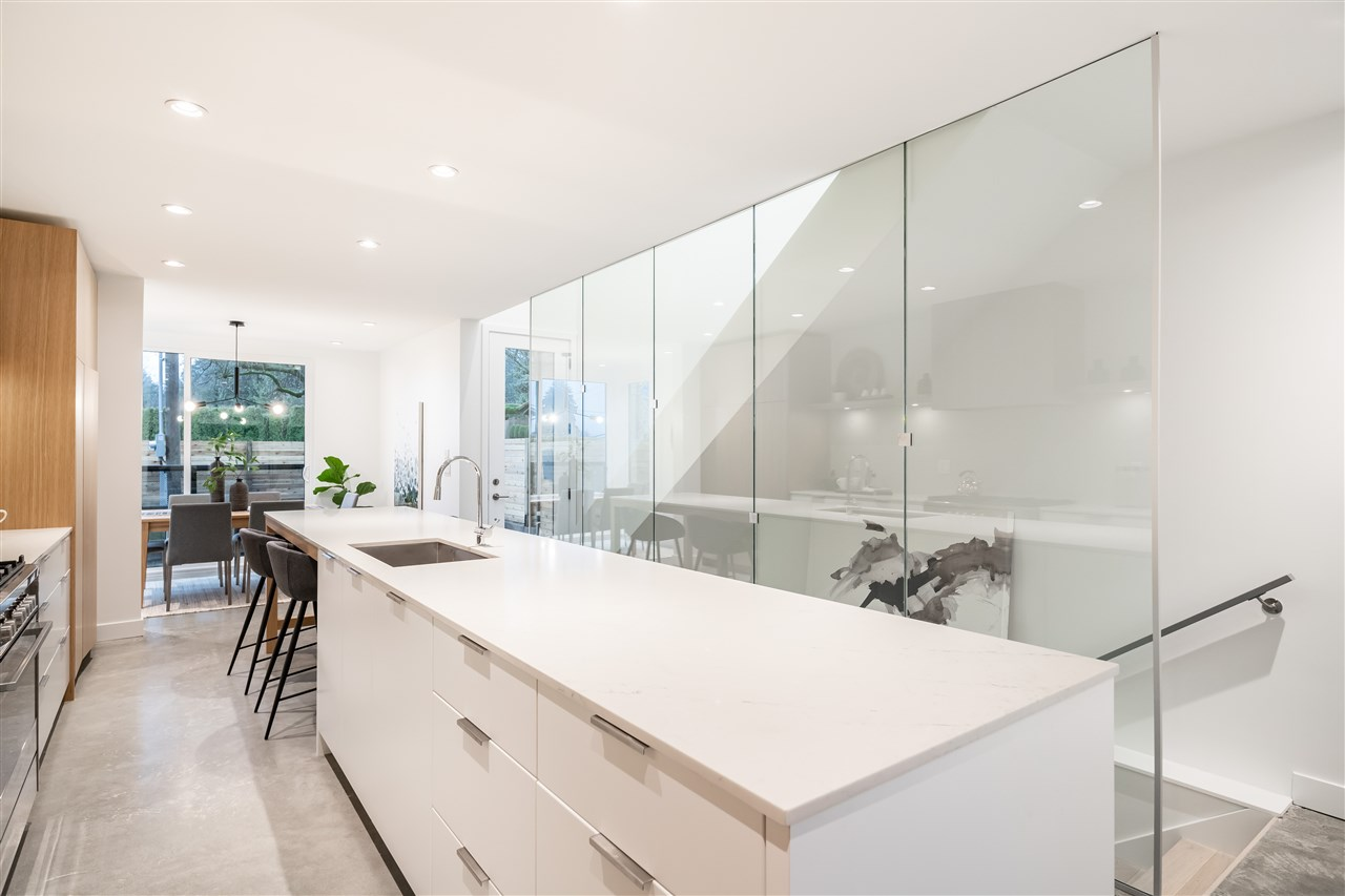 Listing Image of 1032 BEAUFORT ROAD