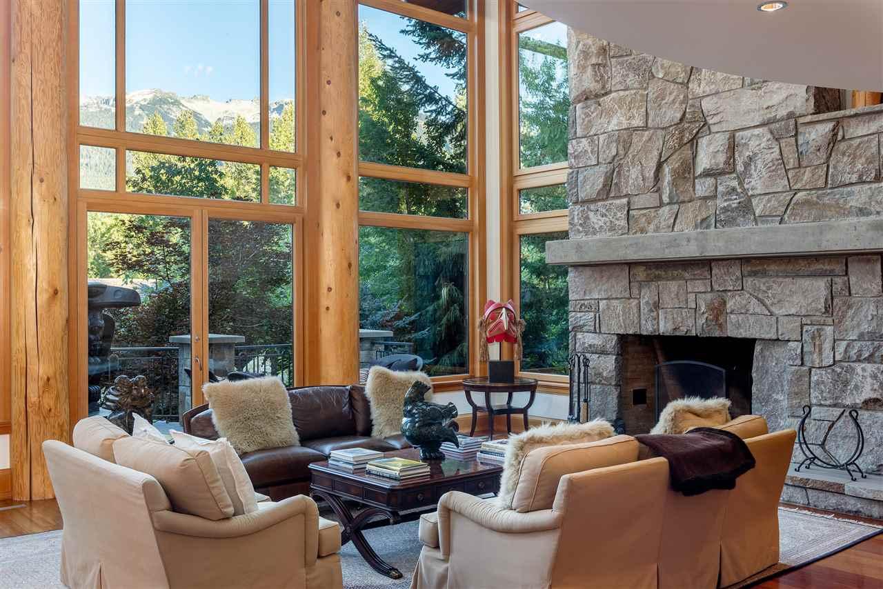 7425 TREETOP LANE, Whistler