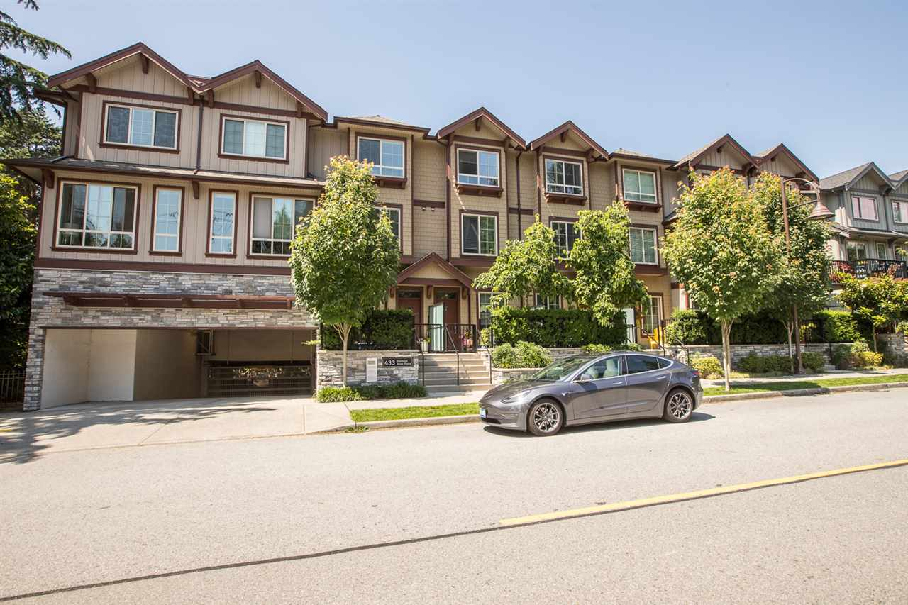 35 433 SEYMOUR RIVER PLACE