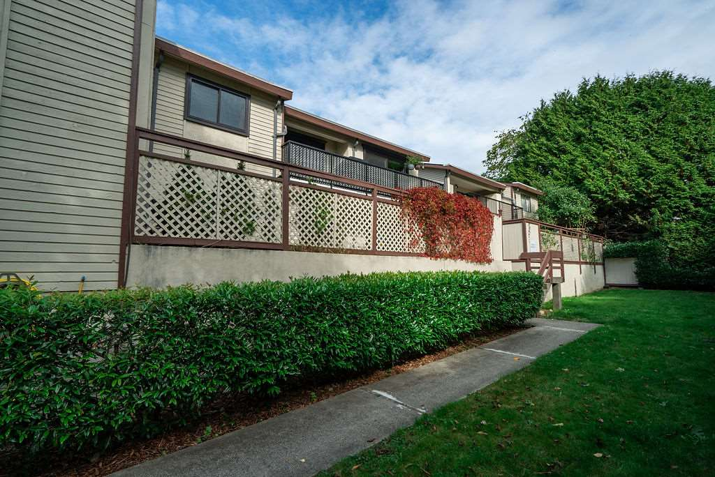 3 7569 HUMPHRIES COURT, Burnaby East