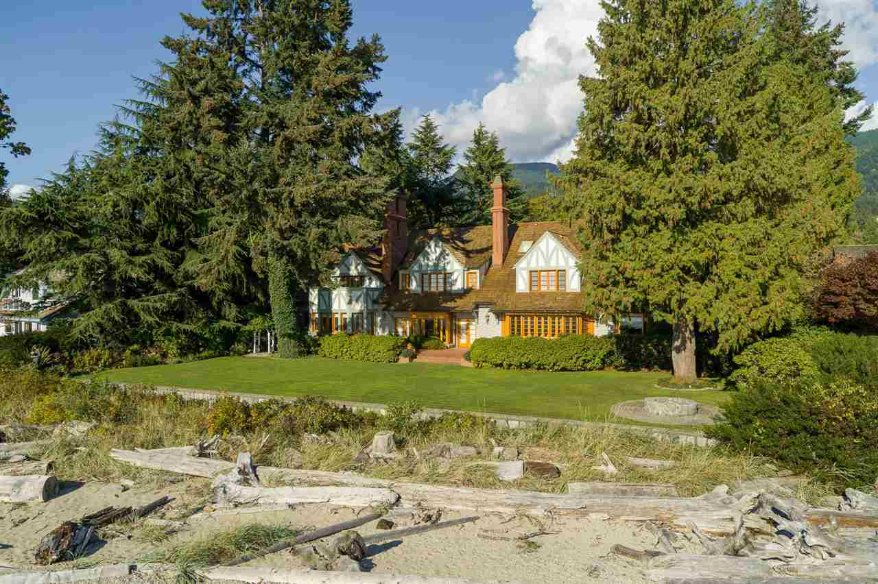 4351 ERWIN DRIVE, West Vancouver