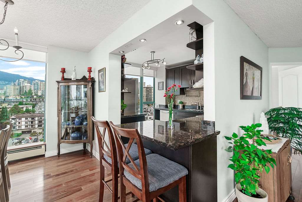 Listing Image of 1503 120 W 2ND STREET