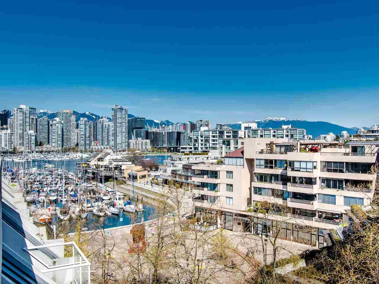 303 673 MARKET HILL, Vancouver West