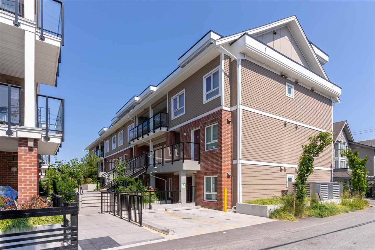 123 4858 SLOCAN STREET, Vancouver East