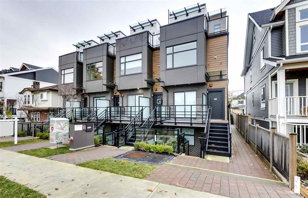 5031 CHAMBERS STREET, Vancouver East