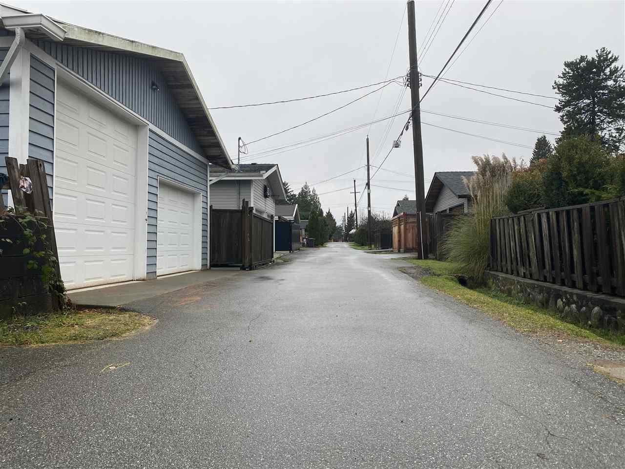 Listing Image of 836 E 11TH STREET