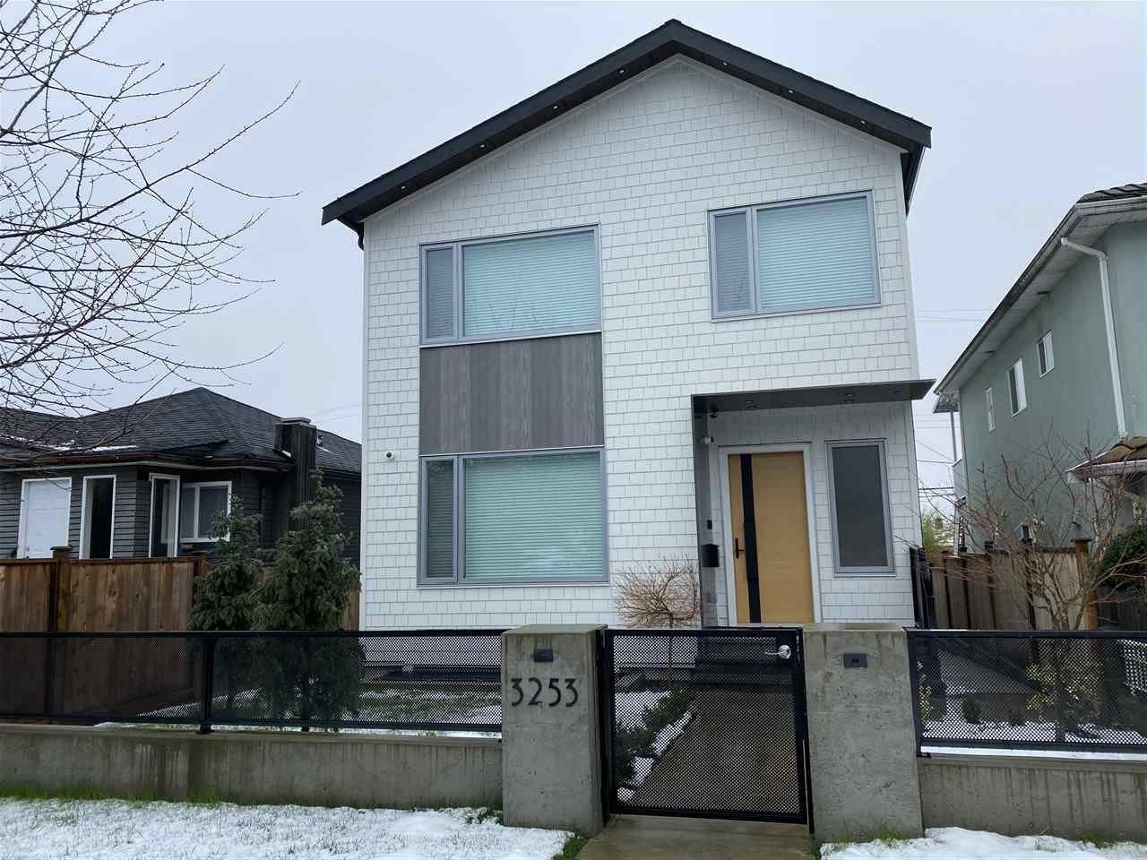 3253 E 22ND AVENUE, Vancouver East