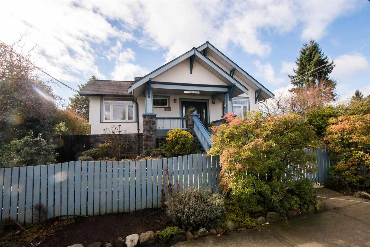 816 TENTH STREET, New Westminster